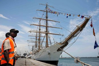 The proud ship Libertad, sads and stuck in Ghana :(  (Photo Credit: Elena Craescu/European Pressphoto Agency)